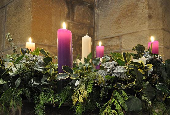 Festive Flowers – Advent Ring